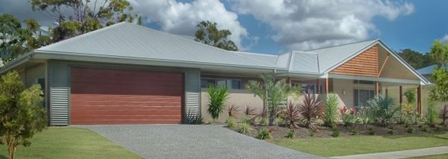 Australian house floor plans homestead house design 4 for Corner block home designs